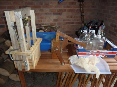 Traditional cider making equipment for the home brewer  @ www.jamesandtracy.co.uk